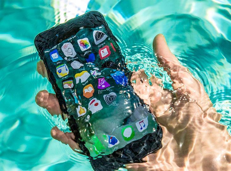 c2567dff0cbf Irány a strand! – ezek a legjobb vízálló iPhone és iPad tokok ...