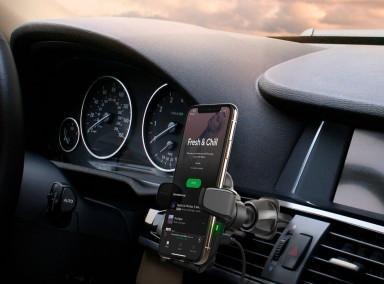 iOttie Auto Sense vezeték nélküli töltő és autós tartó